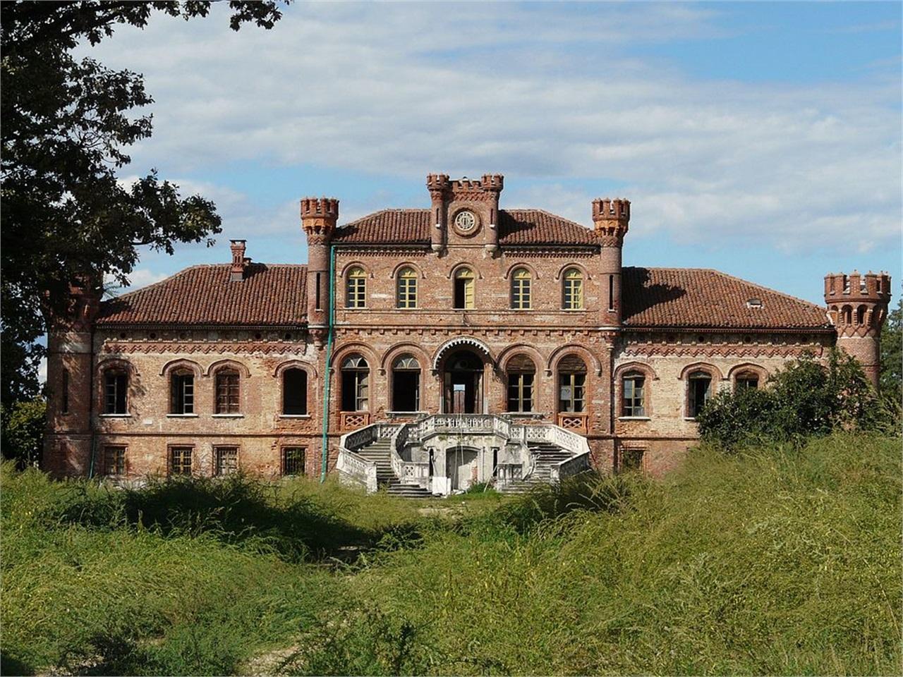 Castello Di Villa Asti