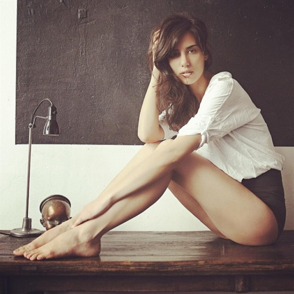 Feet Elisa Meliani nude photos 2019